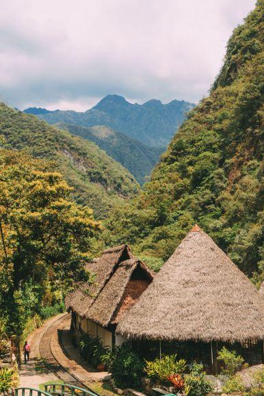 The Journey Up To Machu Picchu Village - Aguas Calientes, Peru (33)