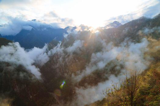 Visiting The Ancient Inca Site Of Macchu Picchu, Peru (4)