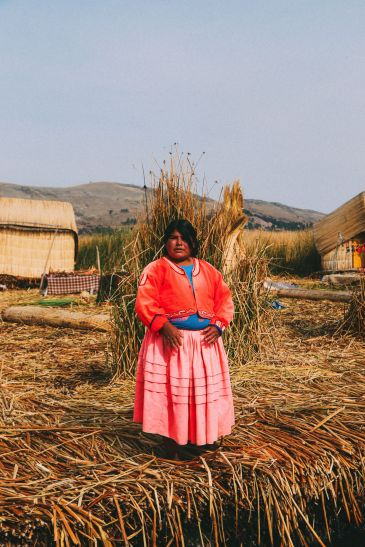 Exploring The Amazing Uros Floating Islands Of Lake Titicaca... In Peru (24)