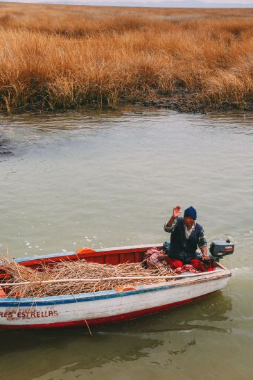 Exploring The Amazing Uros Floating Islands Of Lake Titicaca... In Peru (70)