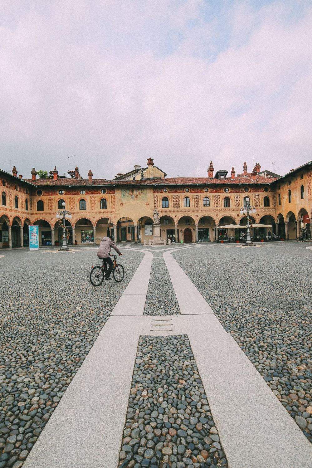 Exploring The Italian Region Of Lombardy – On A Rickshaw! (23)