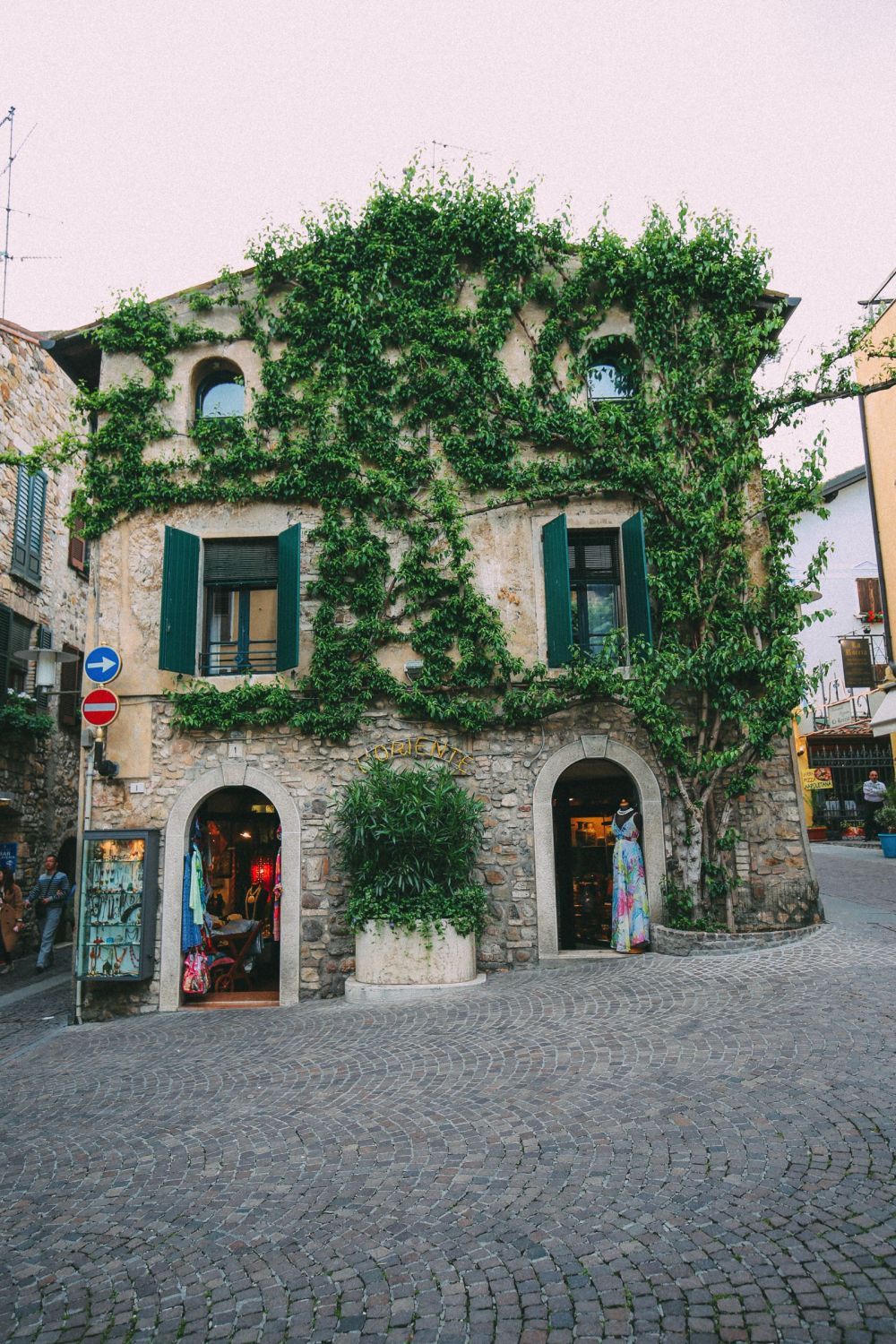The Absolutely Beautiful Town Of Sirmione… In Lake Garda, Italy (32)