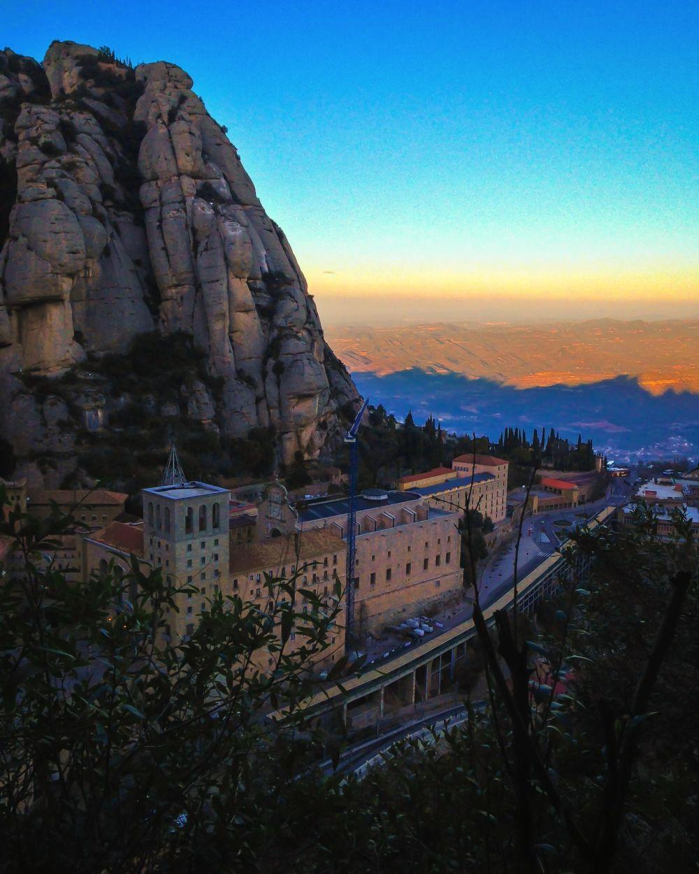 Monasterio de Montserrat - otra de las 12 cosas para ver y hacer en Barcelona