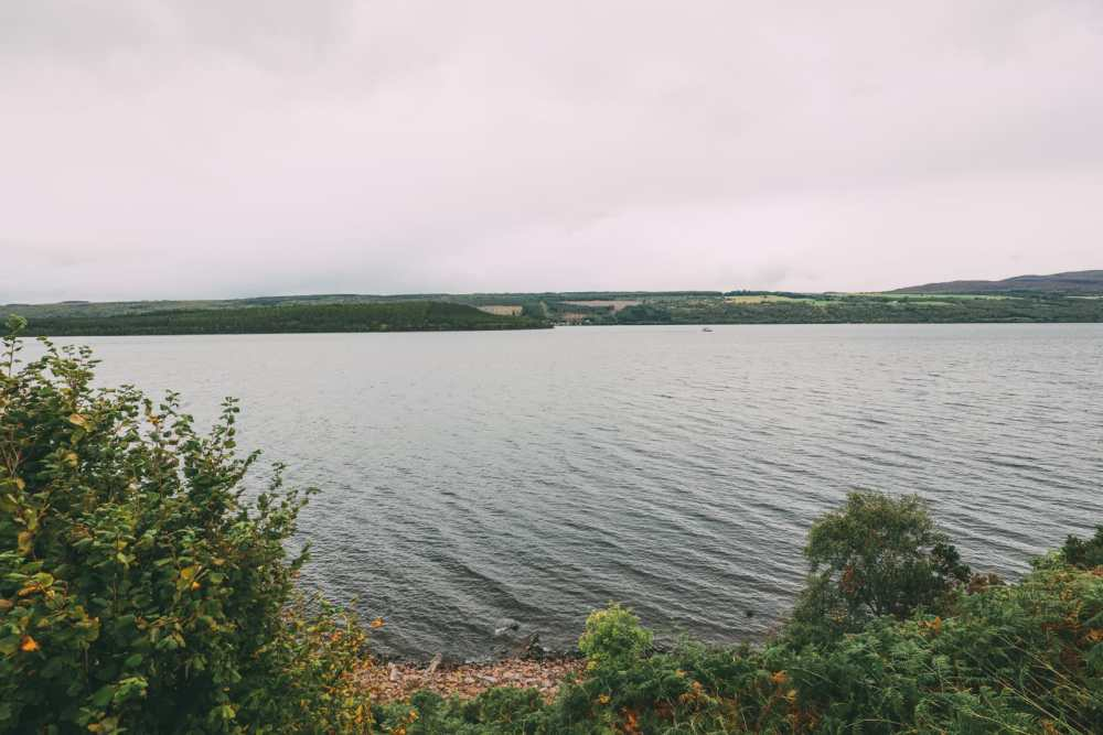 Whisky Drinking, Loch Rowing And Picnicking In The Scottish Highlands (6)