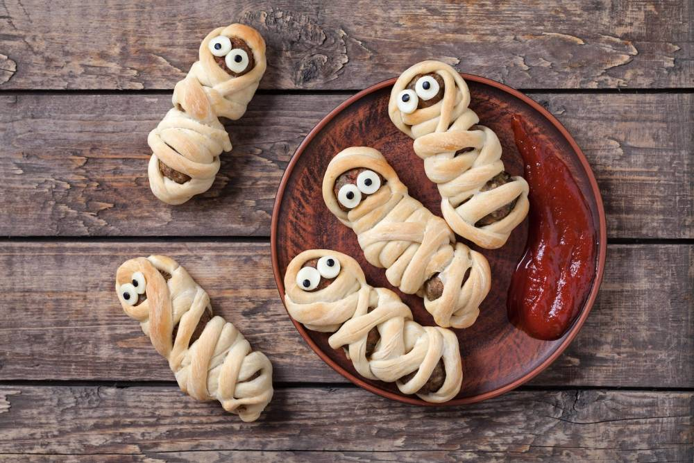 11 Spooky and Easy Foods To Make For Halloween (3)