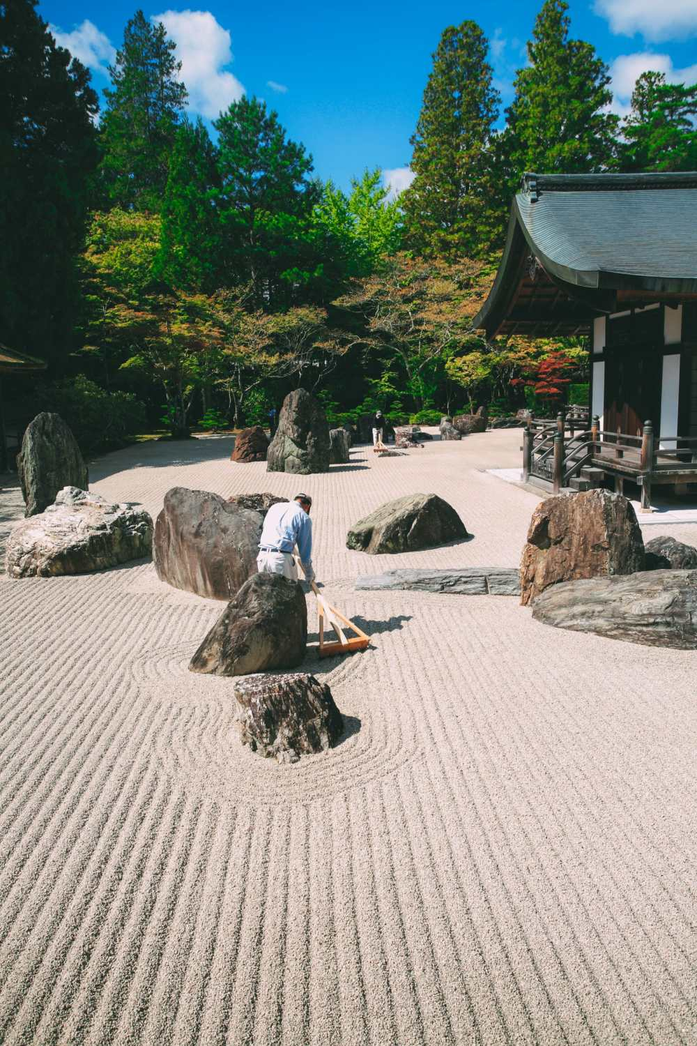Your Complete Guide On Things To See And Do In Japan (16)