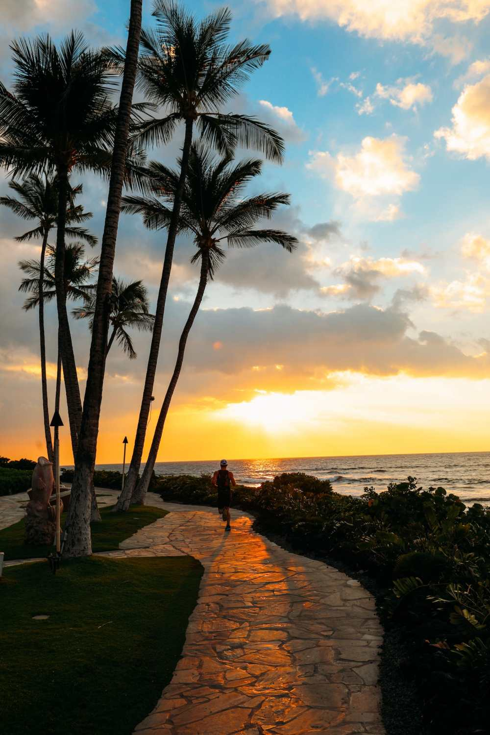 Photos And Postcards From Hawaii... (12)