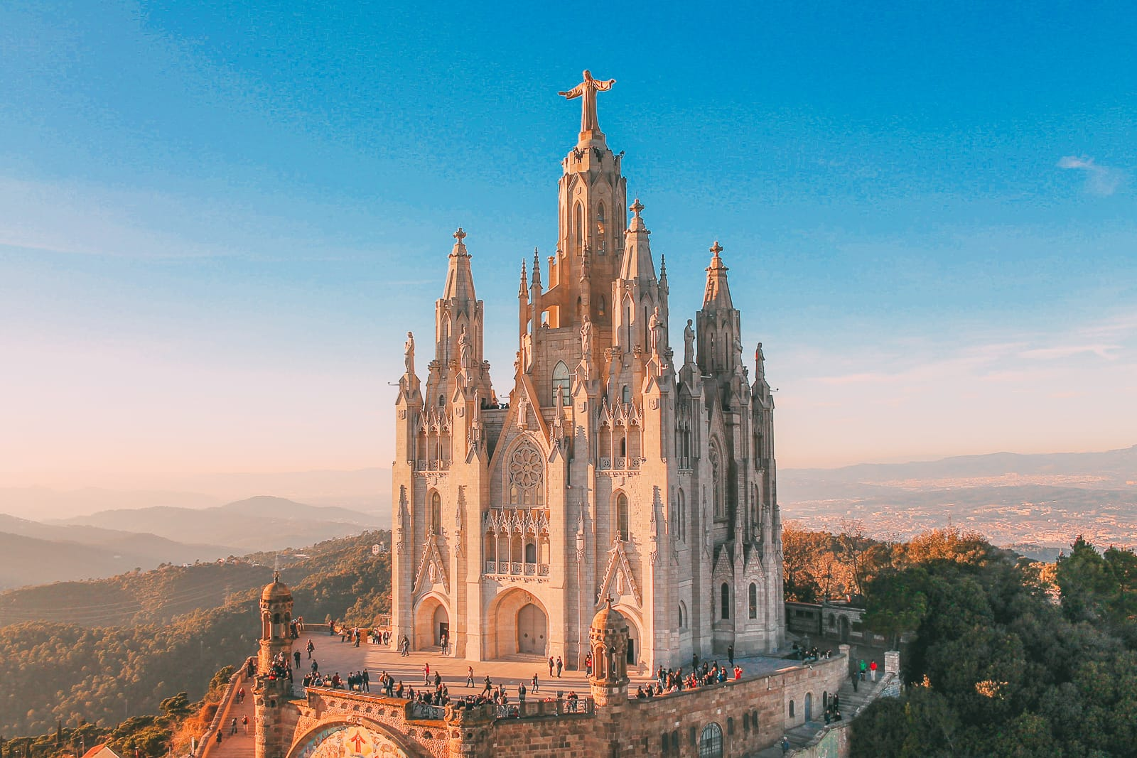 15 Amazing Free Things to do in Barcelona (6)