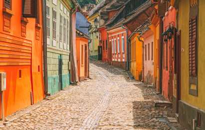 17 Colourful Towns And Cities To Visit In Europe! (6)