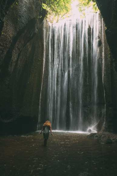 Finding A Secret Waterfall in Bali, Tirta Empul Temple And Mount Batur Volcano (41)