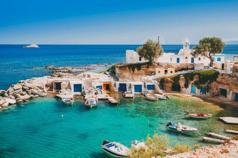Beautiful Greek Islands You Have To Visit (9)