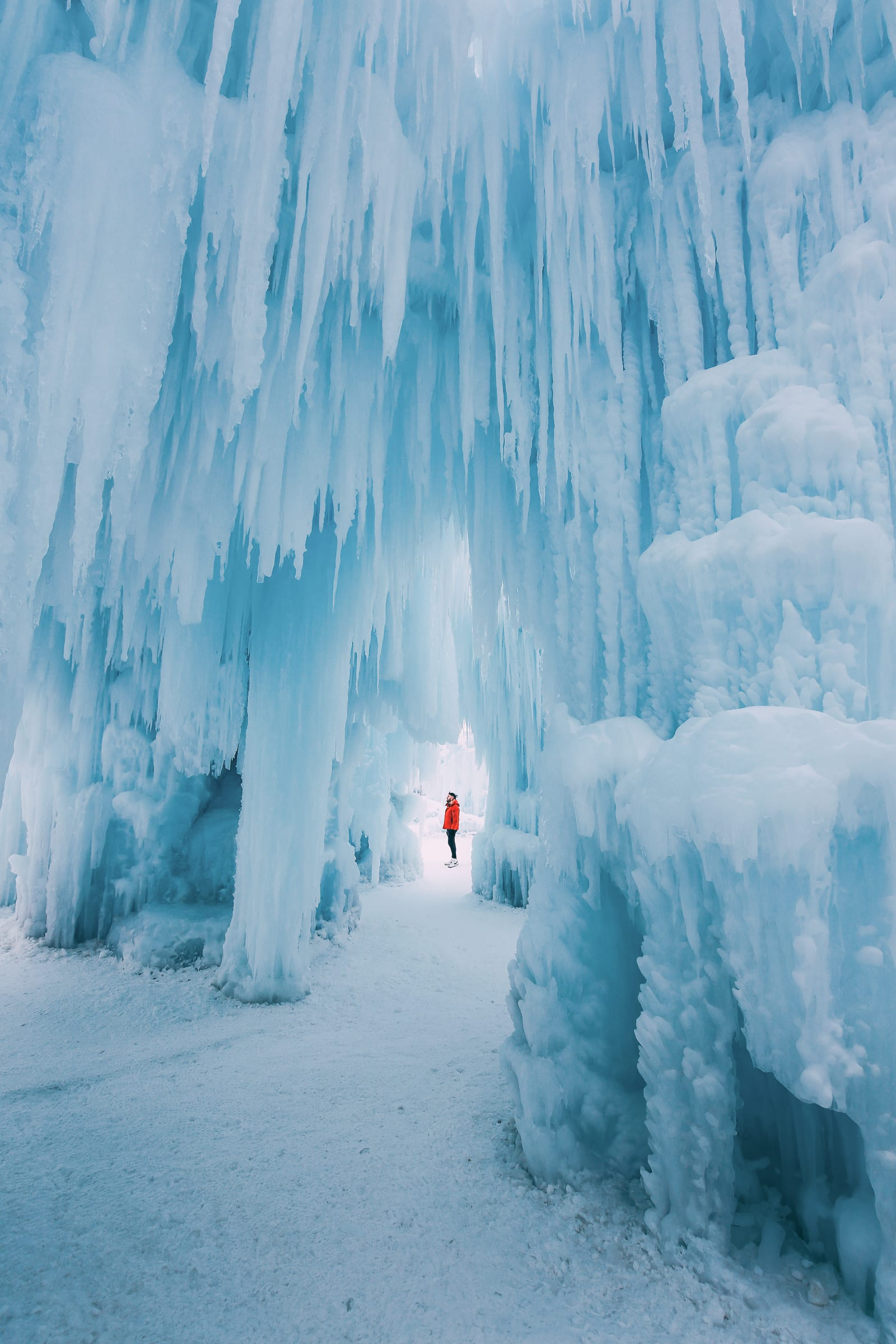 Ice Castle In Alberta, Canada (10)