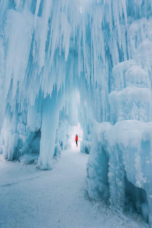 Ice Castle In Alberta, Canada (10)