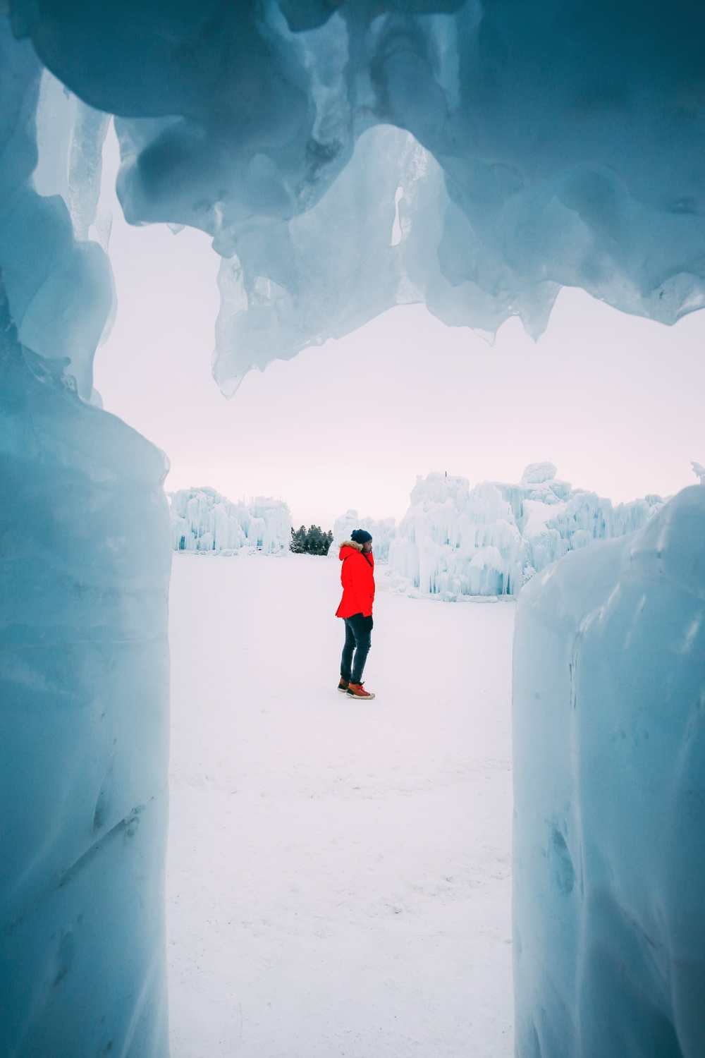 Ice Castle In Alberta, Canada (15)