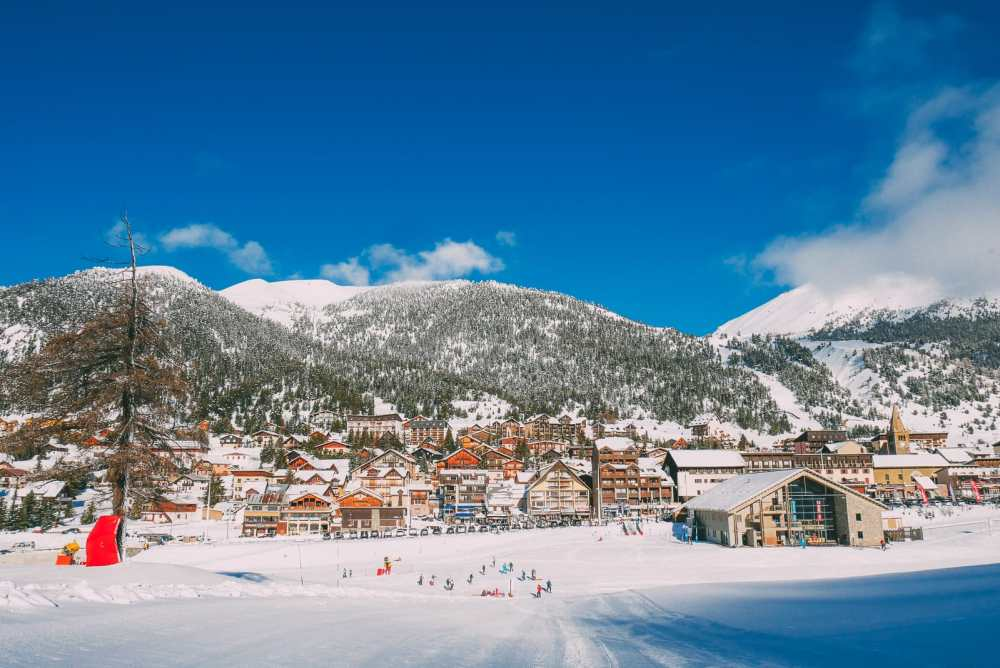 Skiing In Montgenevre, France (5)