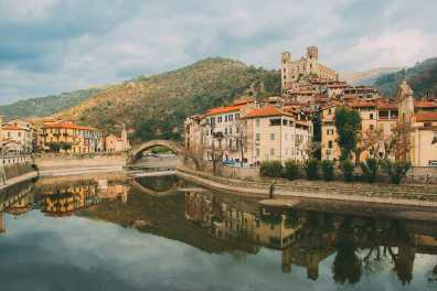 12 Unique Places In Italy That You Need To Visit (2)