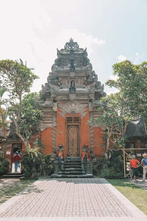 Bali Travel Diary - Ubud Palace, Uluwatu and Tanah Lot (3)