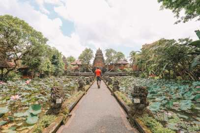 Bali Travel Diary - Ubud Palace, Uluwatu and Tanah Lot (13)