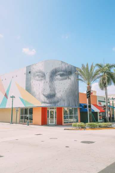 Escaping To The Sunshine (And Beaches) In Fort Lauderdale, Florida (41)