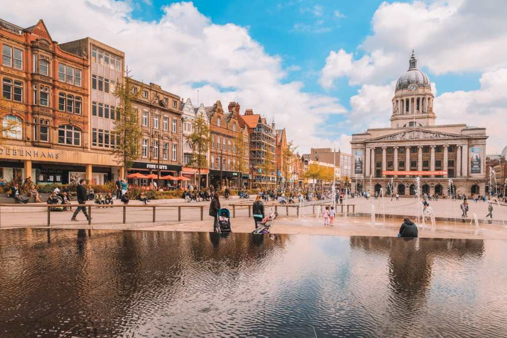 15 Of The Best Cities To Visit In England (5)