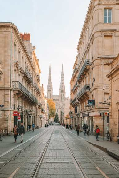 24 Hours In Bordeaux, France (1)