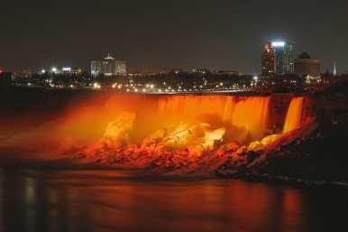 Niagara-On-The-Lake, Vineyards And Niagara Falls At Midnight (71)