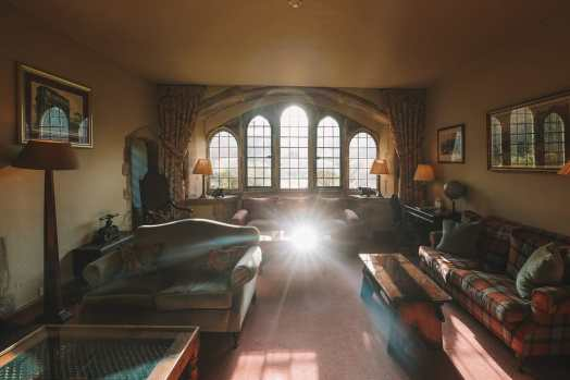 Here's How To Stay In A 1,000 Year Old Castle In England (22)