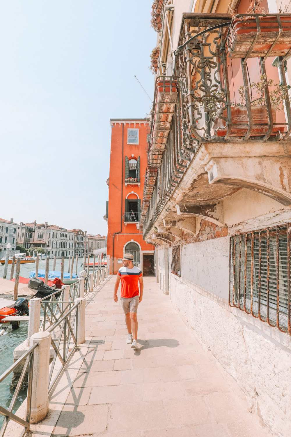 Photos And Postcards From Venice, Italy (19)