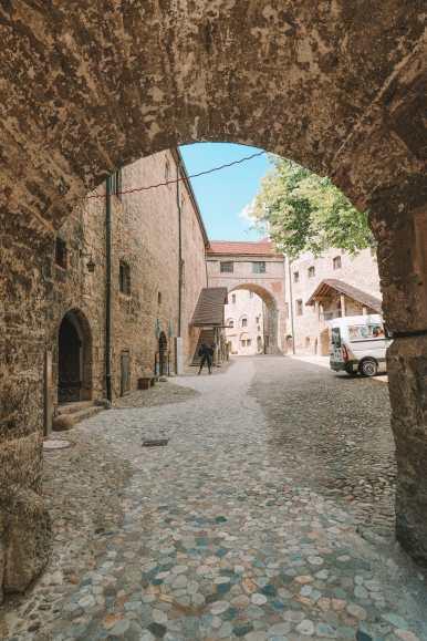 Burghausen Castle - The Longest Castle In The Entire World! (34)