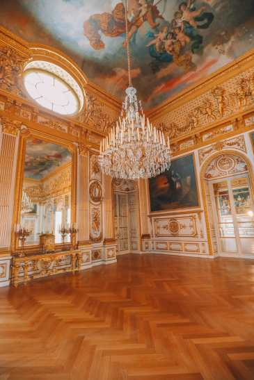 Herrenchiemsee Palace - One Of The Most Beautiful And Grandest Palaces In Germany You Have To Visit! (25)