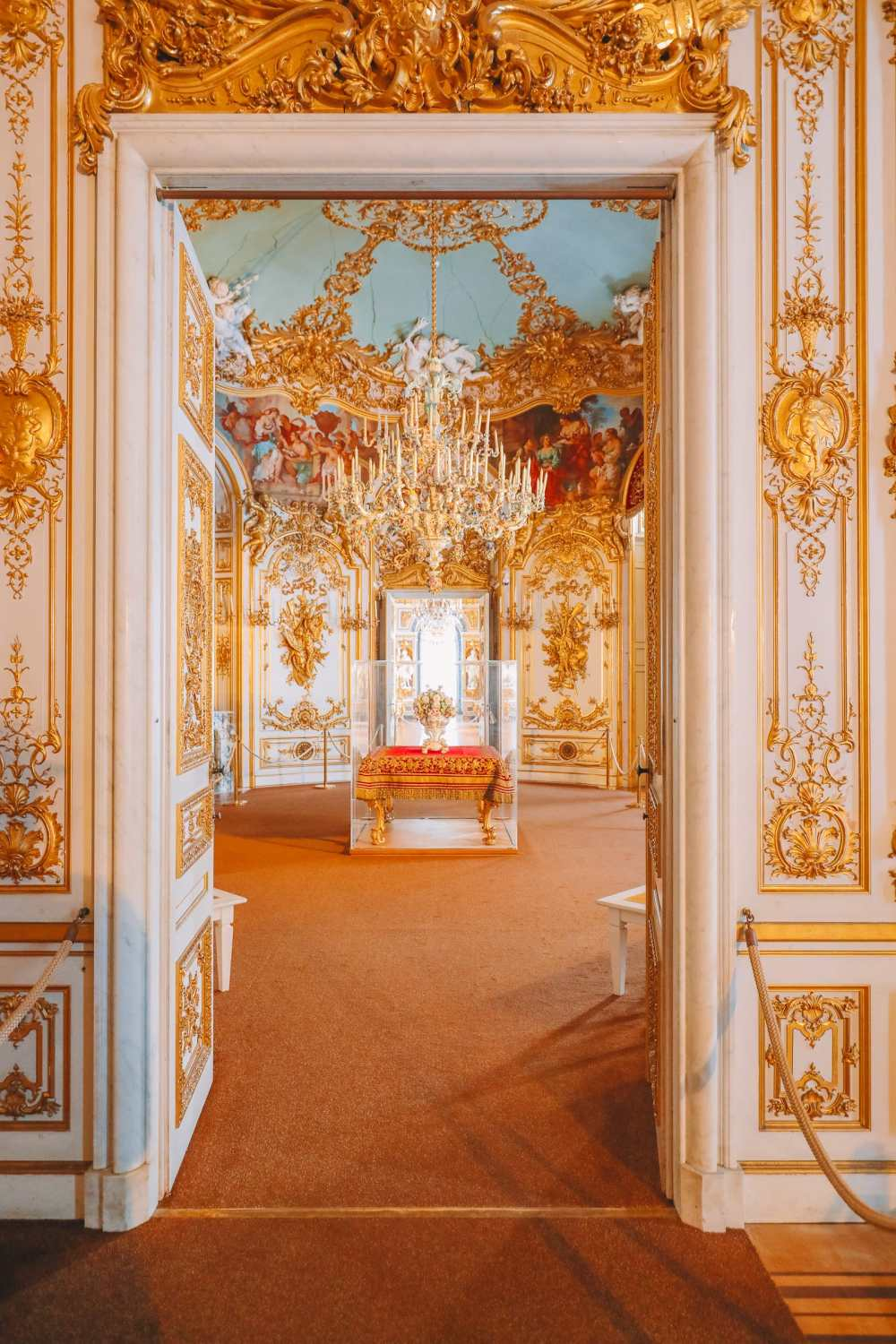 Herrenchiemsee Palace - One Of The Most Beautiful And Grandest Palaces In Germany You Have To Visit! (47)