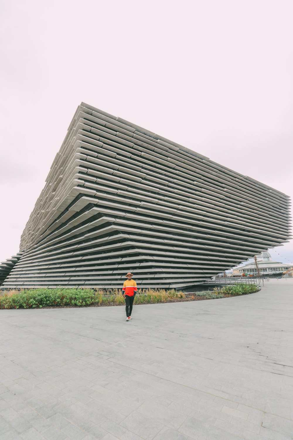 Discover two Scottish gems - the V&A Dundee and the Magnificent Glamis Castle (3)
