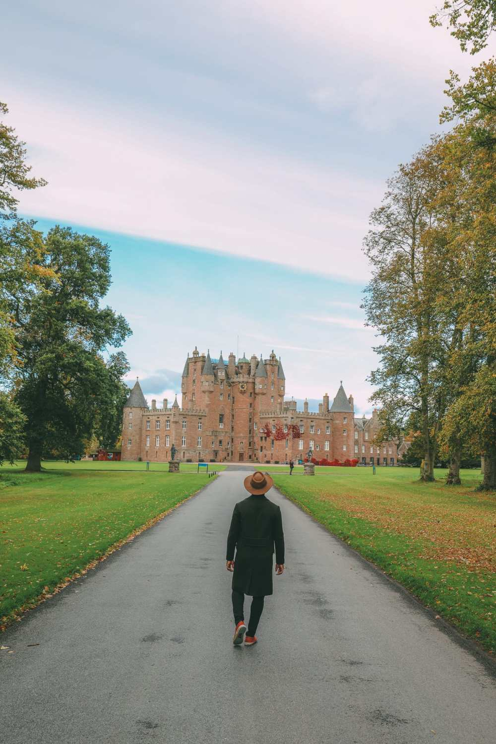 Discovering Two Scottish Gems - The V&A Dundee And The Magnificent Glamis Castle (26)