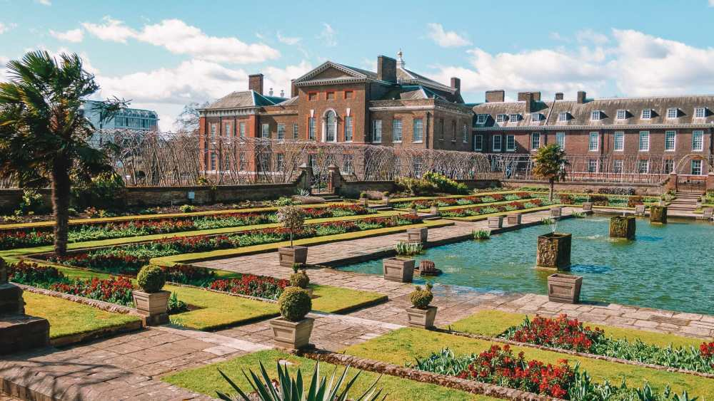 10 Beautiful Palaces In London You Have To Visit (7)