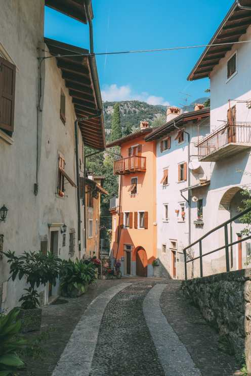 A Trip To One Of The Most Beautiful Parts Of Italy - Garda Trentino (33)