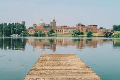 Why You Need To Visit The Ancient City Of Mantua, Italy (3)