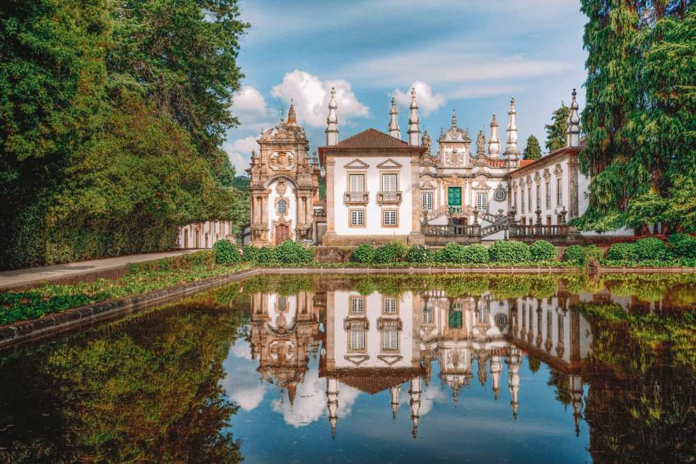 14 Best Places In Portugal To Visit This Year (14)
