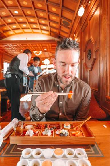Seven Stars In Kyushu - One Of The Most Luxurious Train Journeys In The World (18)