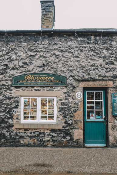 The Peak District: Exploring England's Oldest National Park (20)