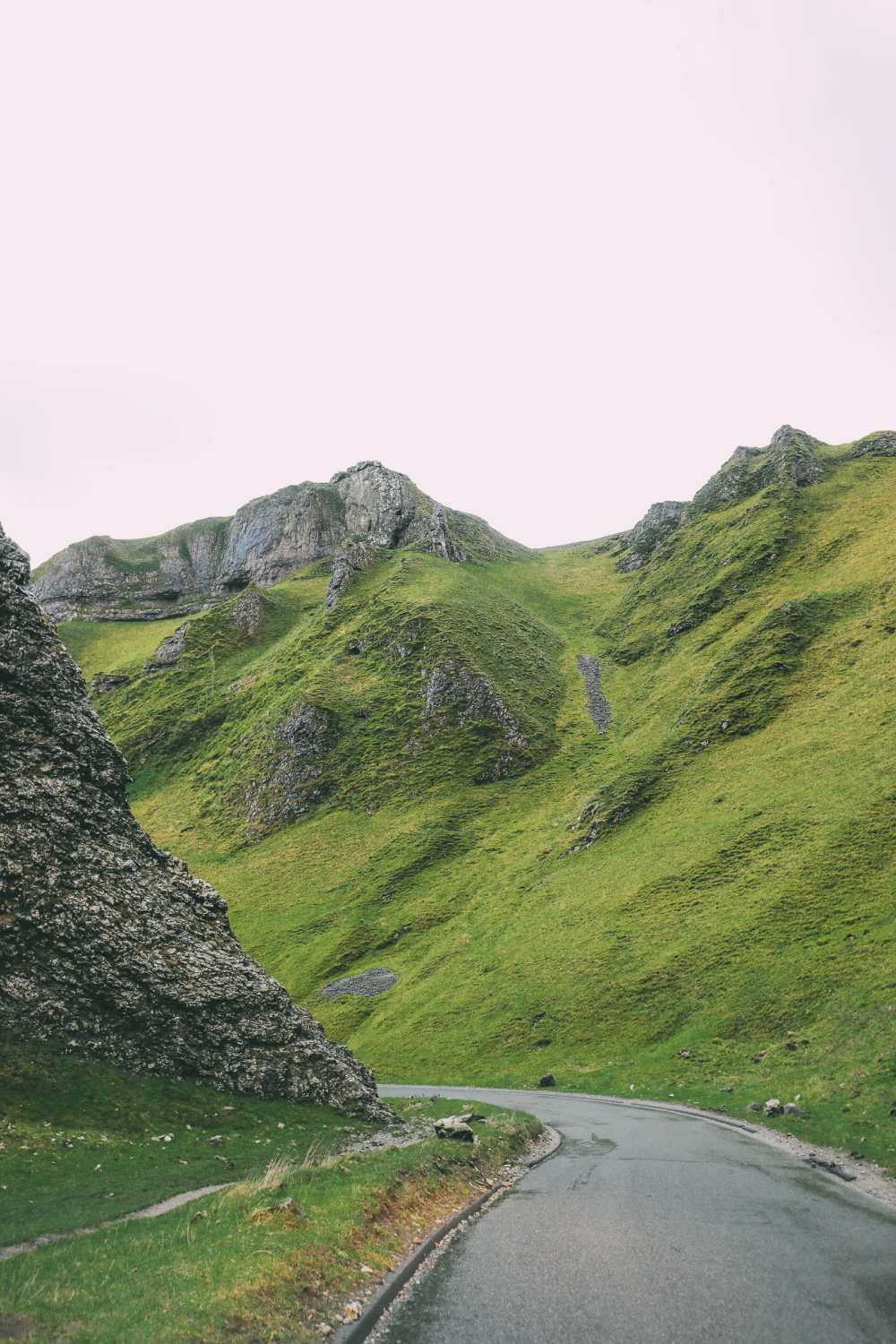 Finding Winnats Pass And An Underground Lake In The Peak District, England (22)