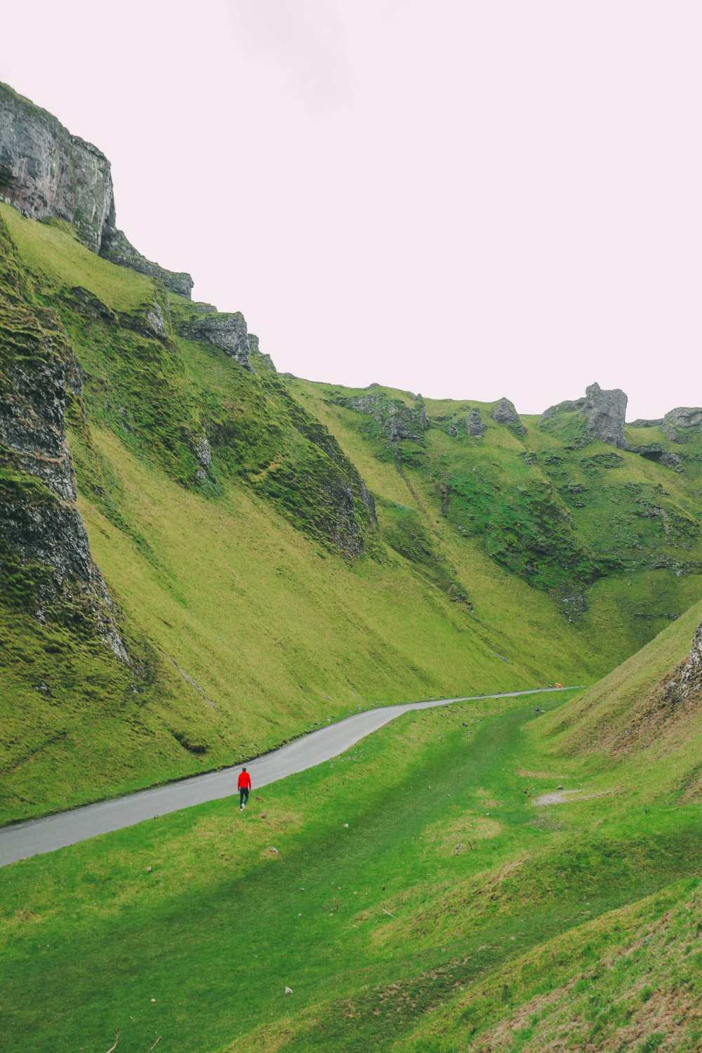 Finding Winnats Pass And An Underground Lake In The Peak District, England (21)