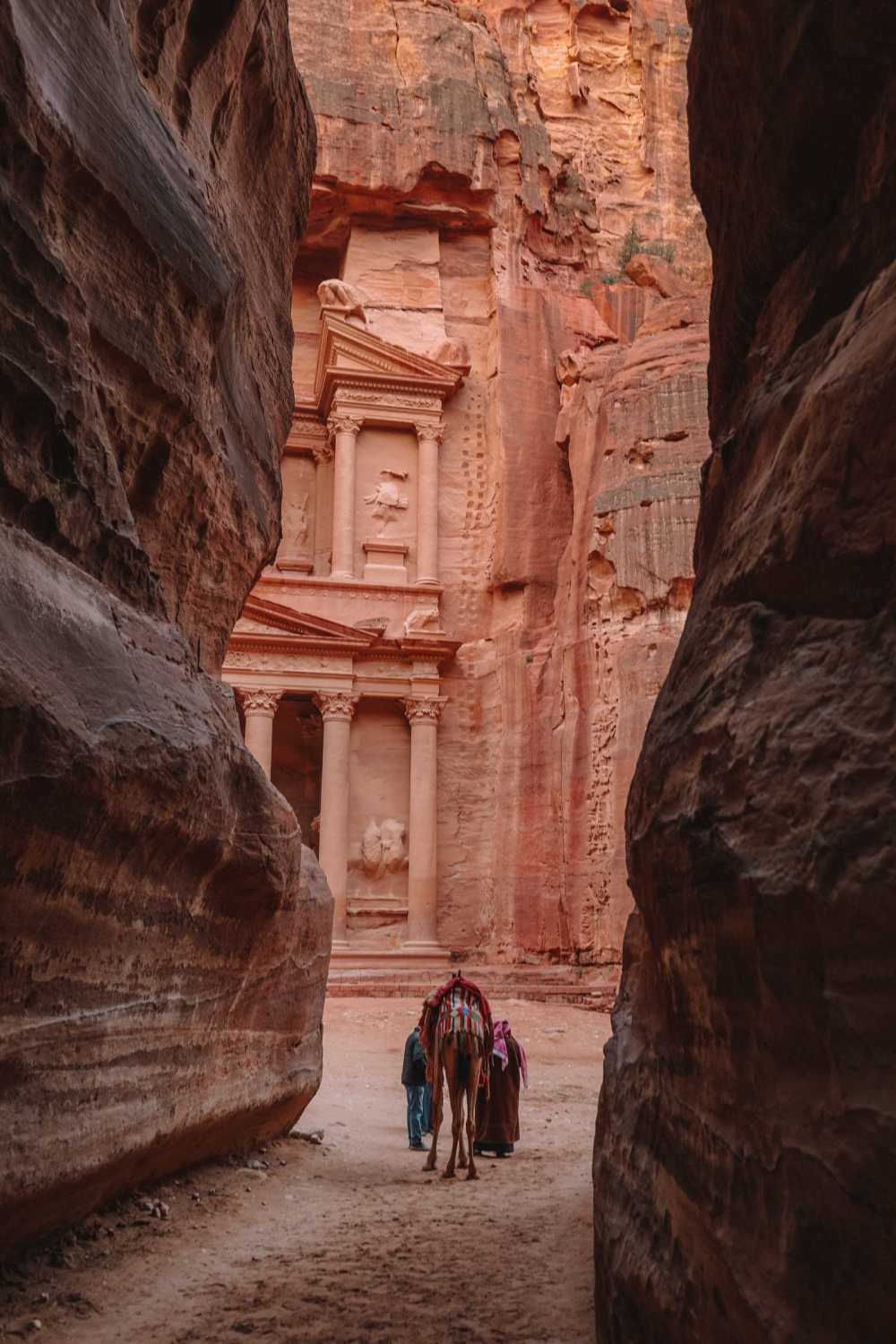 What Is It Like To Visit Petra In Jordan For The First Time? (6)