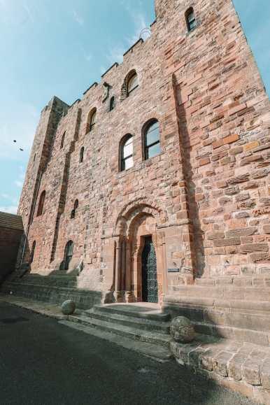 Visiting The Beautiful Bamburgh Castle & Farne Islands, England (78)