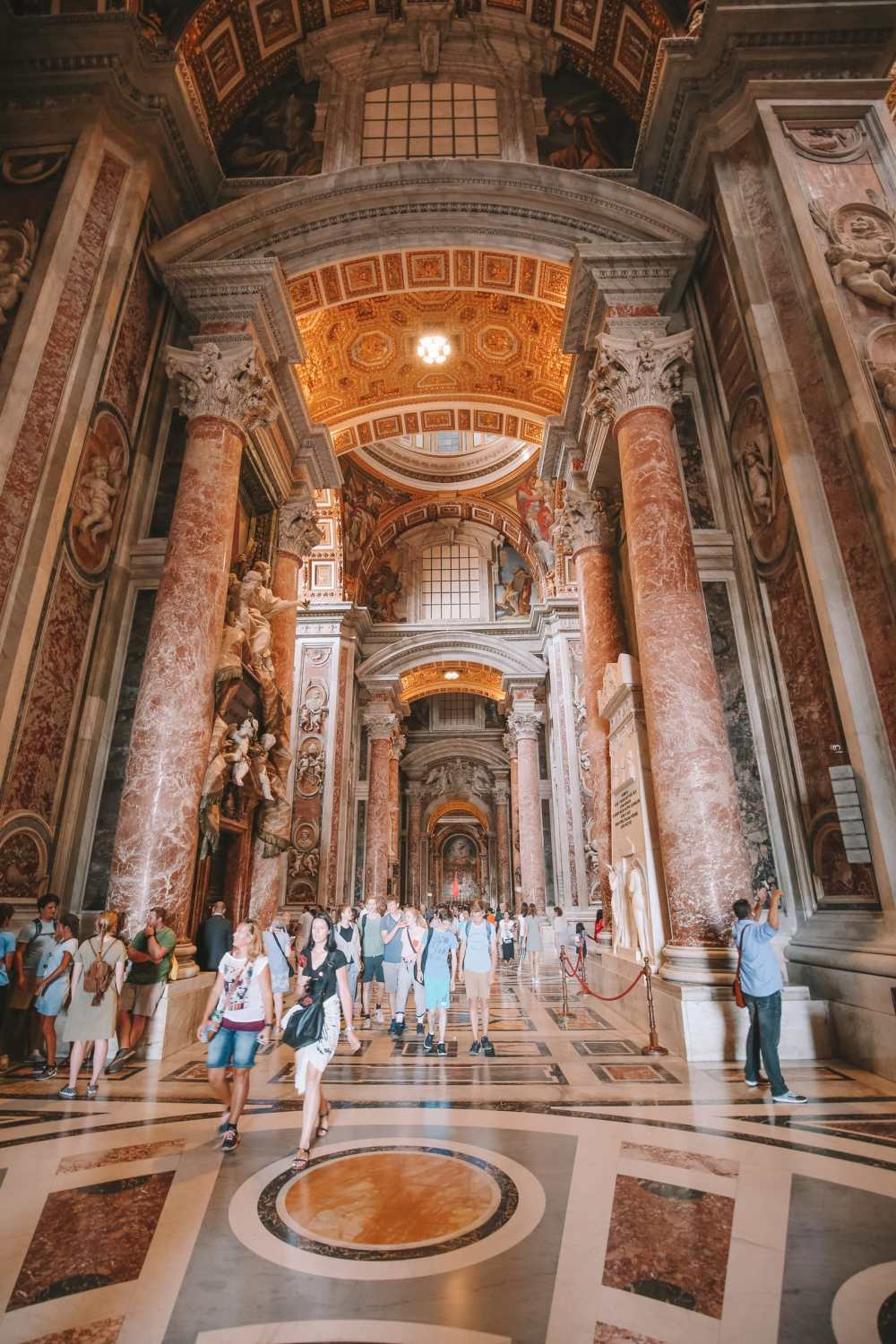 The Magnificent St Peter's Basilica In The Vatican City, Rome (34)