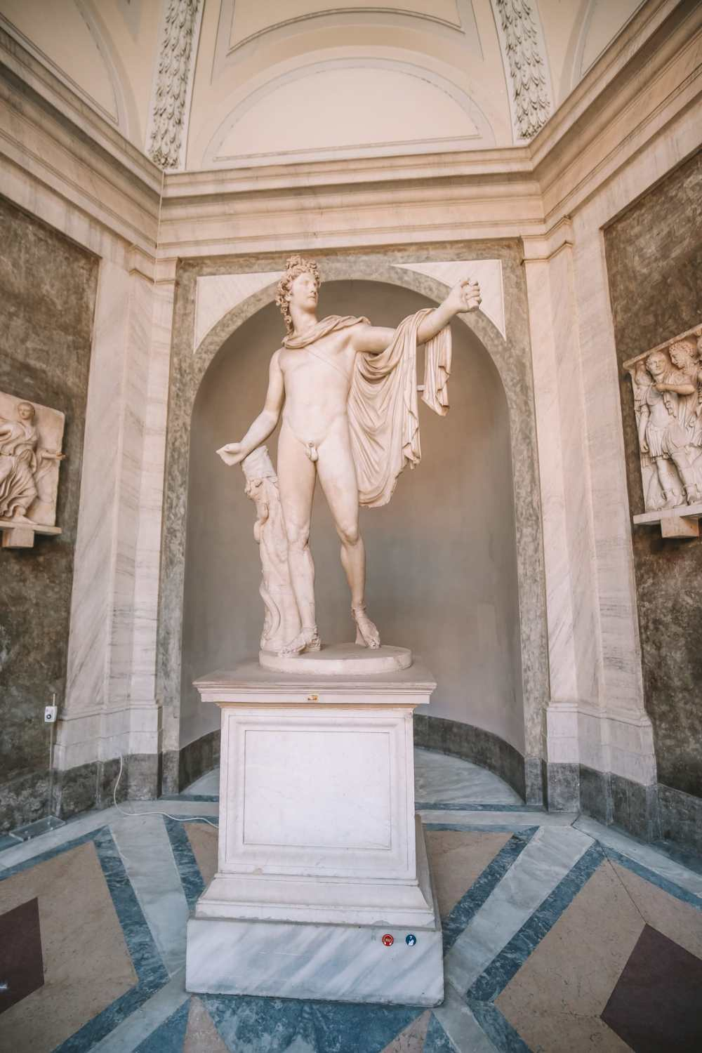 Exploring Vatican City And The Sistine Chapel, Rome (8)
