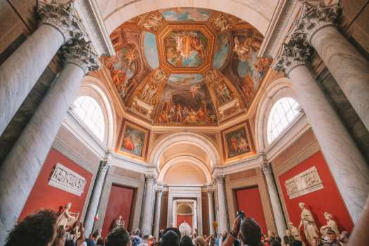 Exploring Vatican City And The Sistine Chapel, Rome (13)