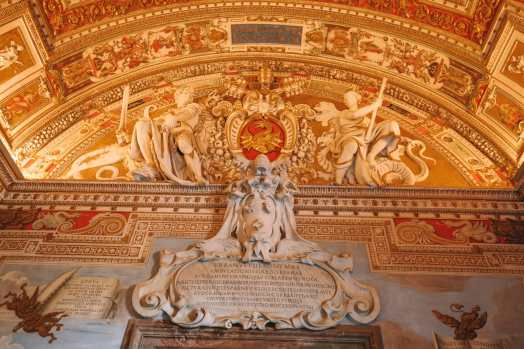 Exploring Vatican City And The Sistine Chapel, Rome (31)