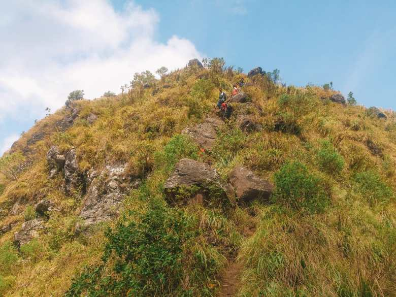 The 12 Best Hikes In The Philippines You Have To Experience (7)
