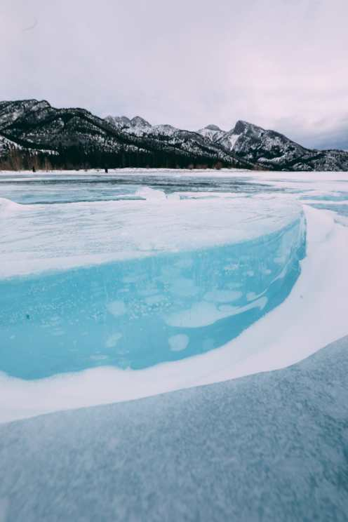 Driving Canada's Epic Icefields Parkway And Finding The Frozen Bubbles Of Abraham Lake (26)
