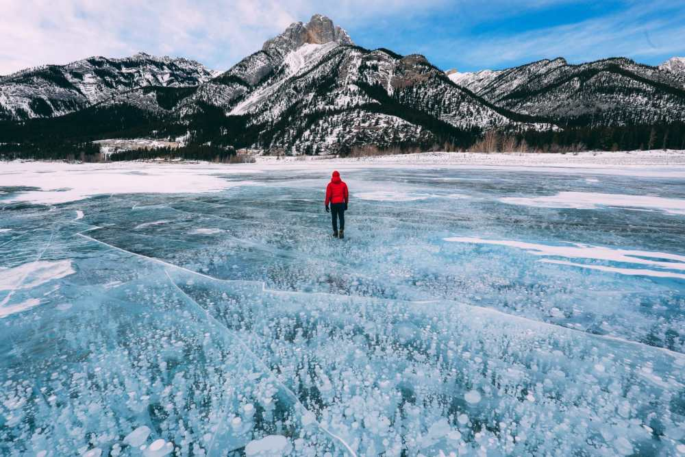 Driving Canada's Epic Icefields Parkway And Finding The Frozen Bubbles Of Abraham Lake (42)